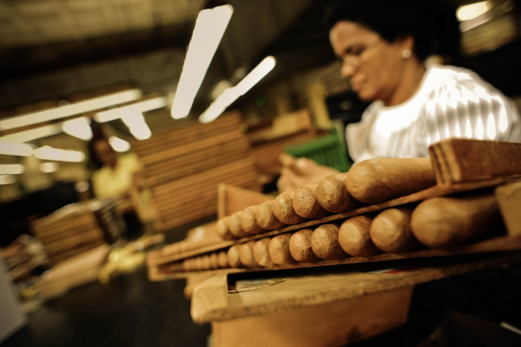 Handmade cigar production, process. Tabacalera de Garcia Factory